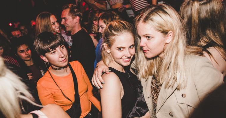 Her er ugens seks fedeste fester – trap-hyldest, berlinerstemning og 00'er-party