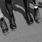 Vind klassiske Dr. Martens til dine fødder – og Velvet Volume-vinyl