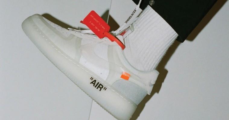 I dag lander Off-Whites vilde Nike-samarbejde endelig herhjemme