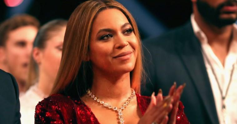 Mysteriet er løst: Identiteten på Beyoncés ansigtsbider afsløret