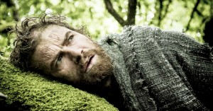 Det skal du streame i januar: Nikolaj Lie Kaas som druide, Soderberghs eksperiment og svenske pikke