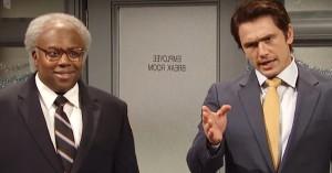 'SNL'-sketch tackler dobbeltmoral i sexchikanediskussionen