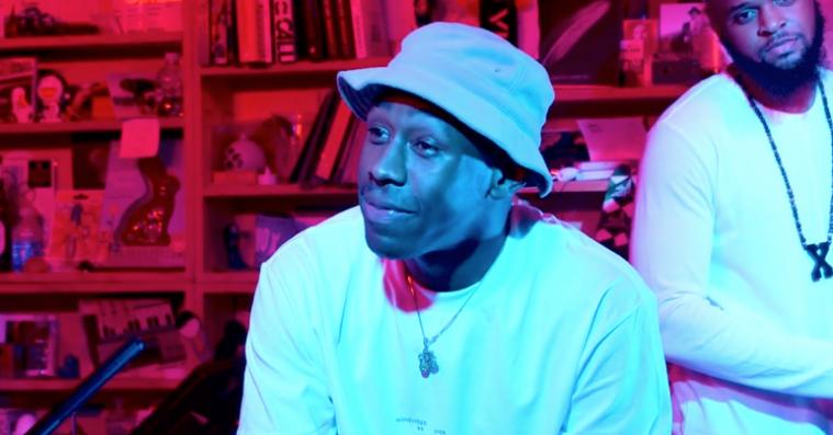 Tyler, The Creator spiller akustiske 'Flower Boy'-numre i charmerende Tiny Desk Concert