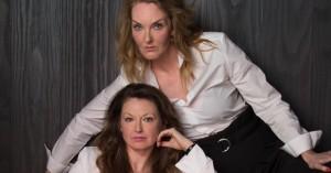 Ditte & Louise giver Casper & Frank kamp til stregen med fantastisk promo-billede