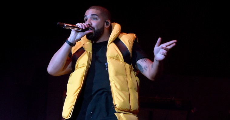 Hør Drakes remix af N.E.R.D. og Rihannas 'Lemon'