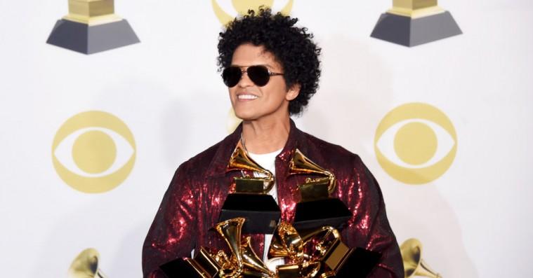 Bruno Mars sejrede til årets Grammy Awards – se alle vinderne