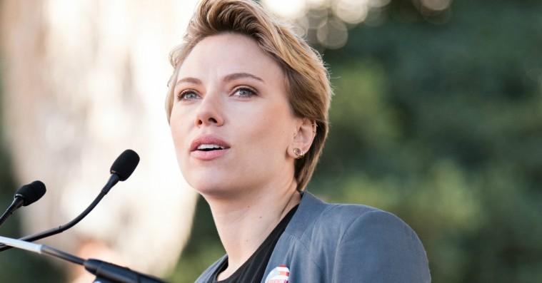 Scarlett Johansson langer direkte ud efter James Franco i Women's March-tale