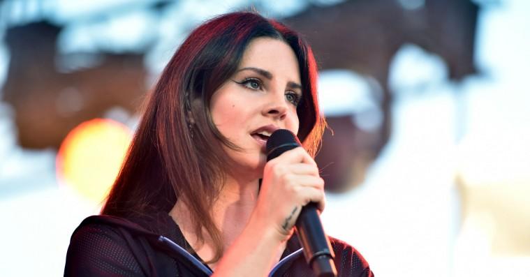 Lana Del Rey deler to nye numre, som ikke kommer med på 'Norman Fucking Rockwell'