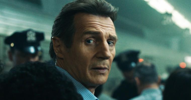 'Sidste stop': Liam Neeson leger hårdtslående Hercule Poirot i togthriller