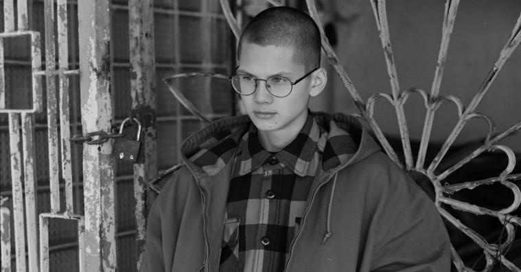 Gosha Rubchinskiys skatemærke laver stærkt Carhartt WIP-samarbejde – til salg i Danmark i næste uge
