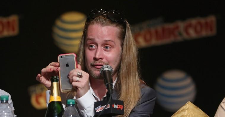 Macaulay Culkin udpeger sin favorit 'Alene hjemme'-film med krystalklar Trump-sviner