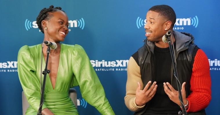 Michael B. Jordan tabte væddemål til Lupita Nyong'o –skal lave armbøjninger på hendes befaling