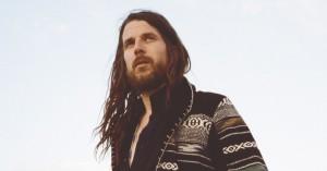 """Soundvenues anmelder kaldte hans album """"en genistreg"""" og gav 6 stjerner – find billetter til Jonathan Wilson"""
