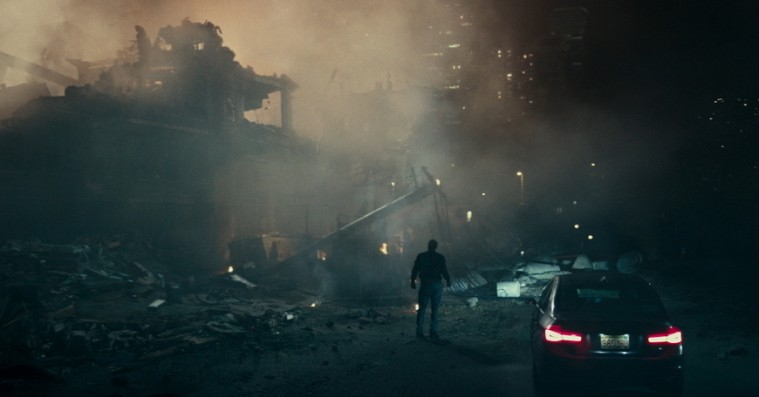De syv mest hovedrystende scener i 'The Cloverfield Paradox'