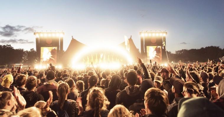 Roskilde Festival afslører 12 nye navne – bl.a. Sigrid og Smerz