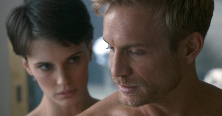 'Dobbelt begær': Erotisk psykologisk thriller med referencer galore