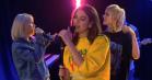 Dua Lipa hiver Mø, Charli XCX, Zara Larsson og Alma med som kor til 'IDGAF'