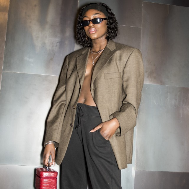 buscar autorización valor fabuloso sección especial Street style: Princess Nokia hjalp Naked og Adidas med at lancere ...