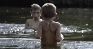 'The Distant Barking of Dogs' på CPH:DOX: Mesterlig dansk film om krig set gennem et barns øjne