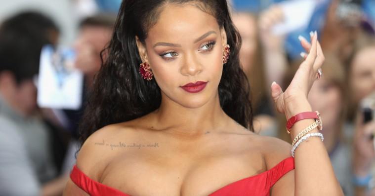 Snart kan du købe Rihanna-undertøj – stjernen udvider sit imperium