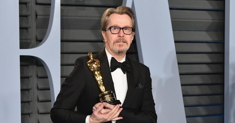 Gary Oldmans ekskone anklager Oscar-akademiet for at »belønne ikke én, men to voldsmænd«