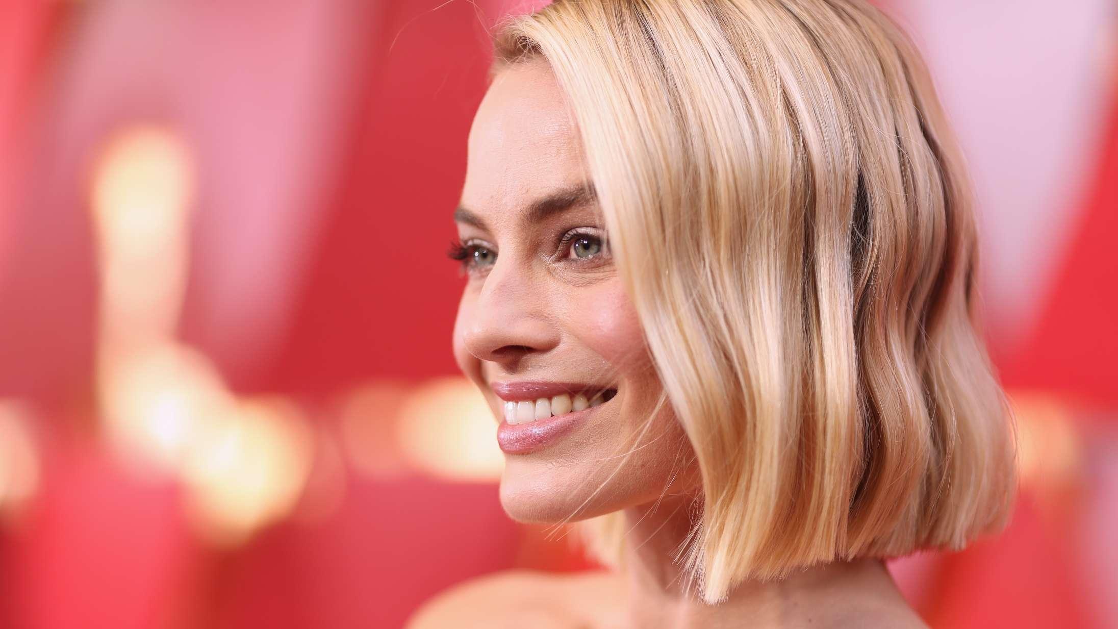 Er Margot Robbie for smuk til at blive Hollywoods dronning?