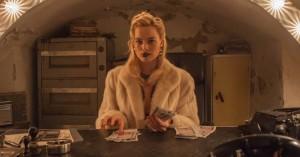 Margot Robbie er frontfigur i ny lejemorderthriller –se teaser til 'Terminal'