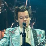 Harry Styles i Royal Arena: Fanget mellem forvokset teenager og forceret voksen