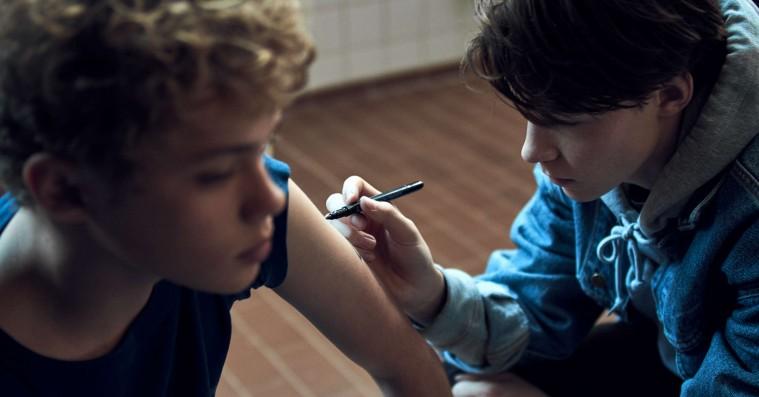 'Thomas14': TV 2's webserie om ung seksualitet er lidt for alvorlig