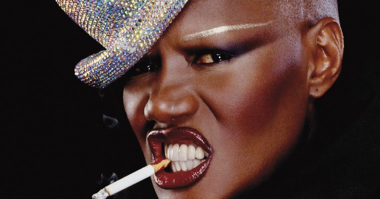 'Grace Jones – Bloodlight and Bami': Et vildt, råt og spektakulært divaportræt