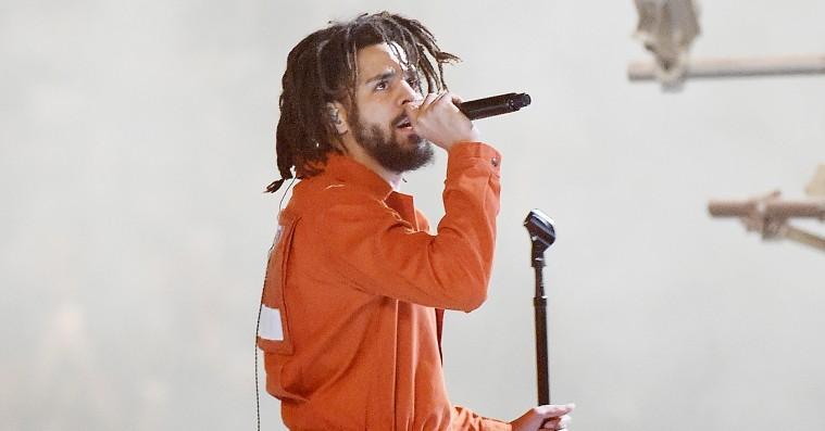 J. Cole afslører hemmeligheden bag 'KOD'-aliasset kiLL edward i sjældent interview