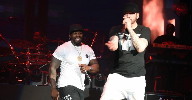 Eminem hev lige Dr. Dre og 50 Cent med, da han spillede Coachella –se videoerne