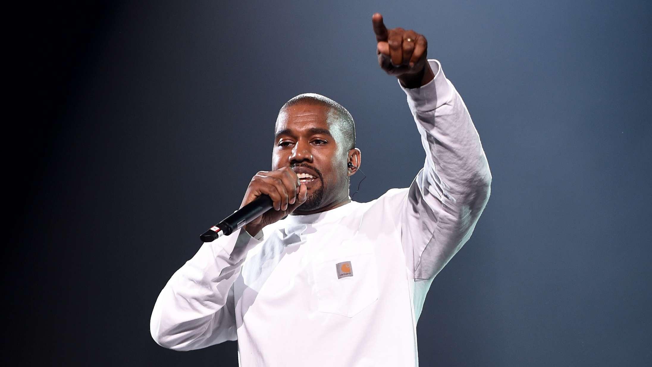 Kanye West udskyder 'Yandhi' endnu engang