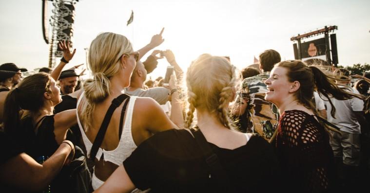 Roskilde Festival tilføjer 13 nye navne til årets kunst- og aktivismeprogram