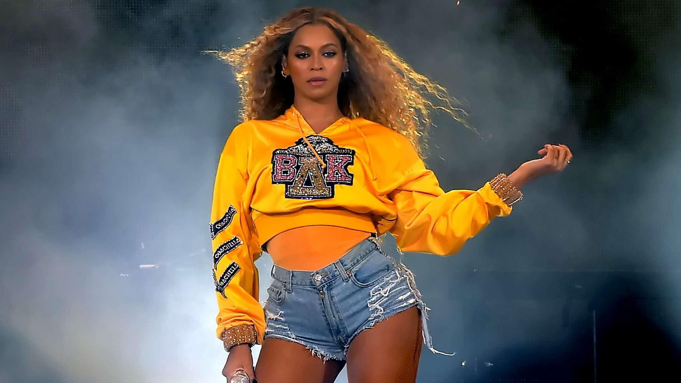 Spritny og gratis dokumentar går bag om Coachella – se klip med Billie Eilish, Beyoncé, Kanye West, Drake og mange flere