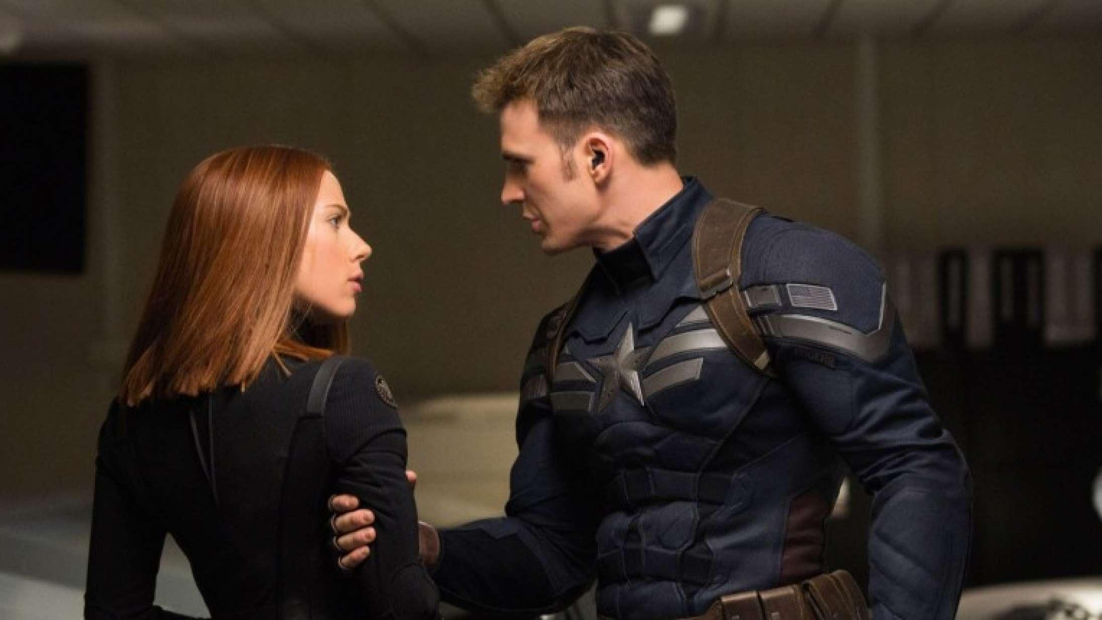Marvel-superhelte Scarlett Johansson og Chris Evans genforenes i stor actionfilm