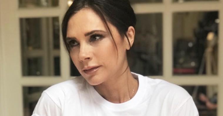 Victoria Beckham specialdesigner Spice Girls-t-shirt til velgørenhed