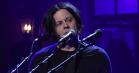 Jack White serverede guitarstøj på 'SNL' – se ham spille 'Over and Over and Over' og 'Connected by Love'