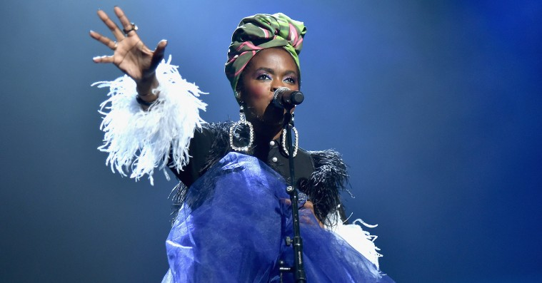 Se Lauryn Hill synge freestyle-remix af Drakes 'Nice For What'