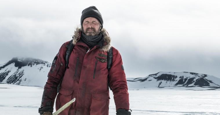 Twitter er totalt forvirret over lighederne mellem Mads Mikkelsens 'Arctic' og 'Polar'