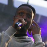 Omar bragte gaden til Spot Festival – indtil vagterne smed ubudne gæster ud
