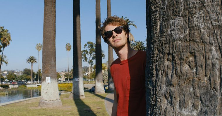 'Under the Silver Lake': Andrew Garfield beviser sit komiske talent i syret neo noir med kultpotentiale