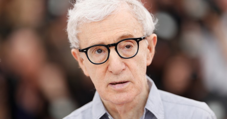 Woody Allen sagsøger Amazon for 68 millioner dollars for skrinlagt film og ophørt kontrakt