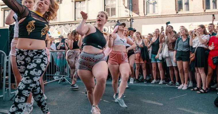 Distortion: Se masser af billeder fra gadefesten på Nørrebro