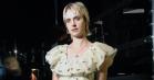 Mø spillede for Kronprinsen i Ganni-kjole og tildækket tatovering – fik ny, punket frisure bagefter