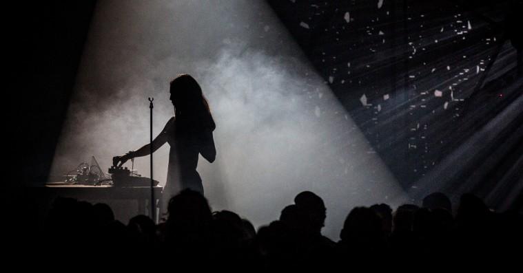 Smerz skabte en sanselig totaloplevelse på Roskilde Festivals mindste scene
