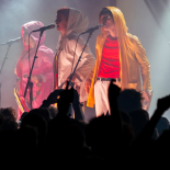Superorganism i superkaos på Roskilde Festival