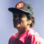 Bruno Mars gav os den mest overdådige popfest, Roskilde Festival længe har set