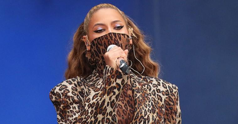 Beyoncé må aldrig nogensinde stoppe med at rappe, som hun gør på 'Everything Is Love'