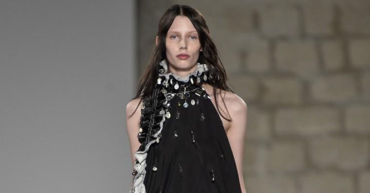 Dansk designer efter Beyoncé-skulderklap: »Jeg vidste ikke, hvad hun ville bruge frakken til«